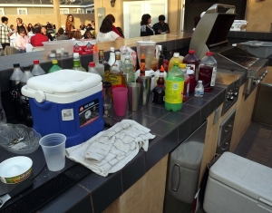 My workstation gets messy when serving 100 people!